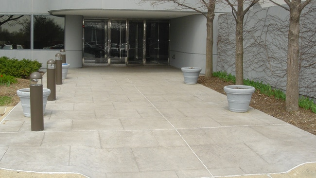 Chicagoland Commercial Concrete Patios and Walkways